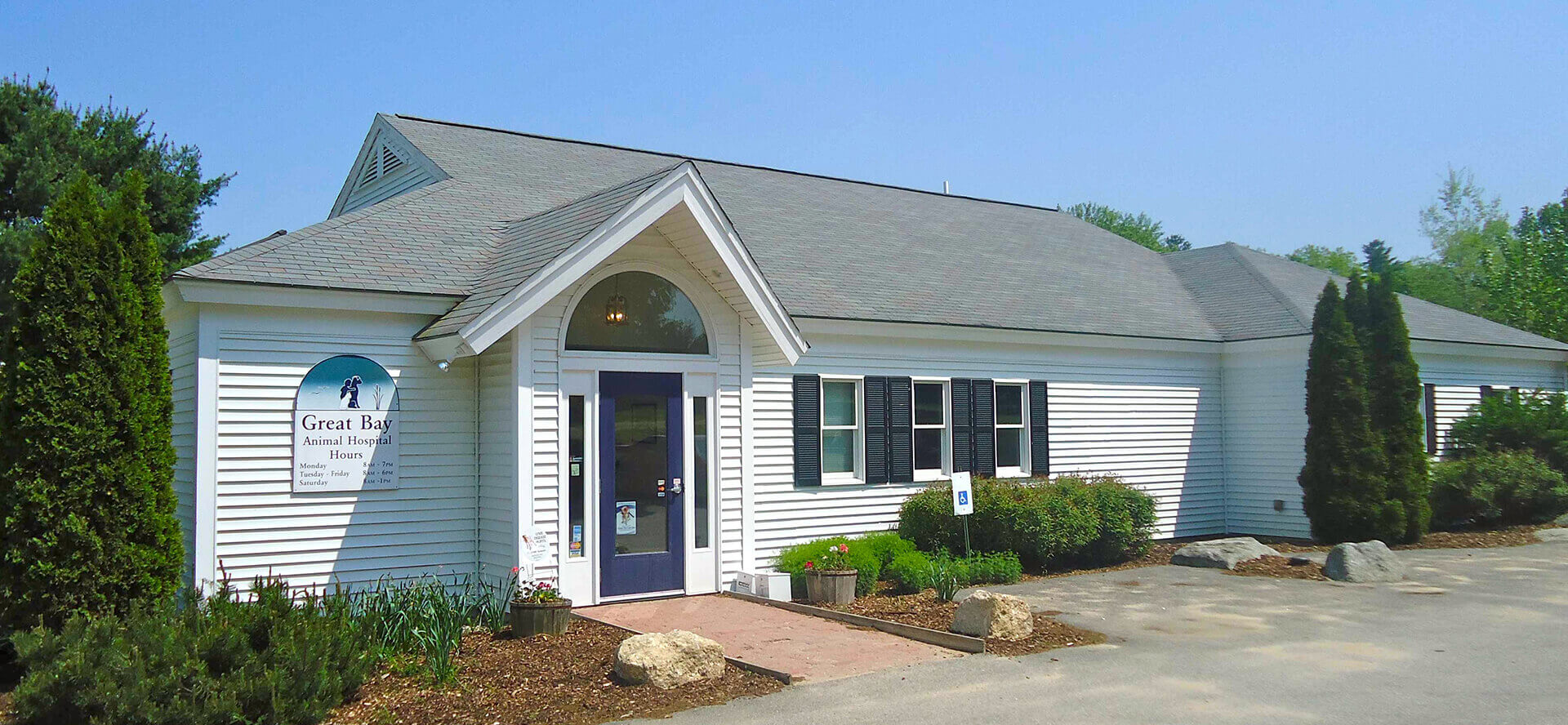 top animal hospital location durham new hampshire
